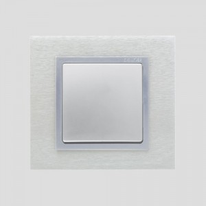 simon-82-nature_linia-metal_Inoxmat-Aluminium