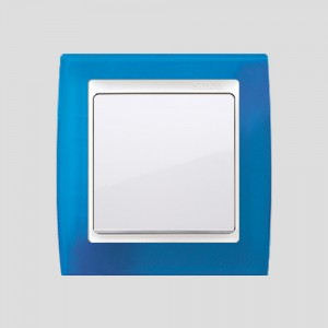 simon-82_linia-biala_Niebieski-transparentny